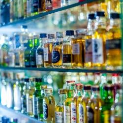 Miten alkoholi vaikuttaa liikuntaan ja kuinka paljon kaloreita on esimerkiksi keski-oluessa