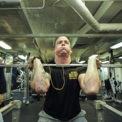 Etukyykky - Vaikutus reiden etuosien lihakset, pakarat